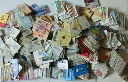 泰安一市民收藏上万张电话卡 梦想做个展览