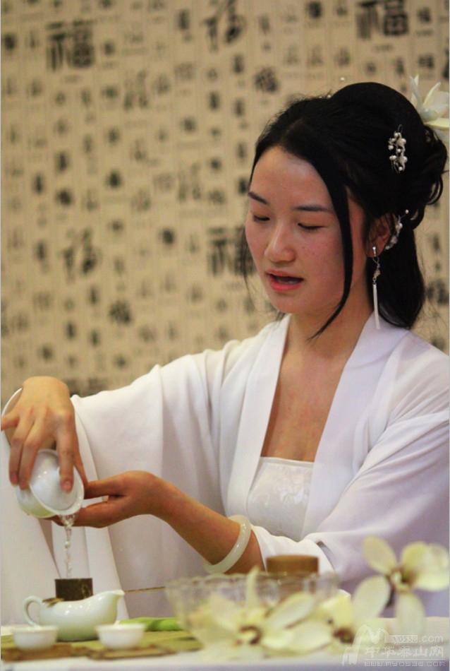 清华女生来泰v女生茶师沉默时吵架女生图片