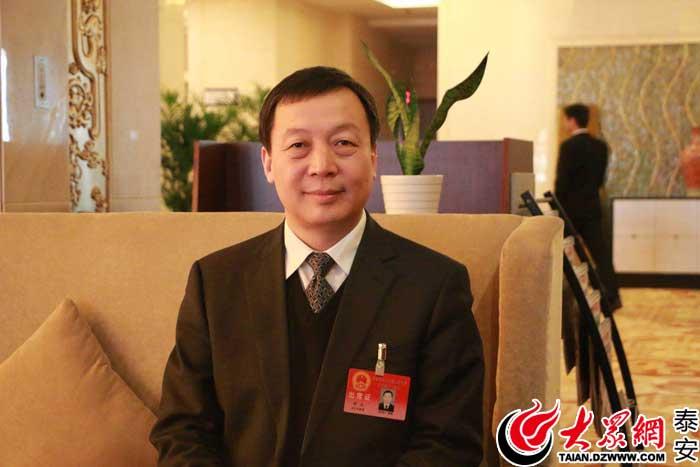 刘玉�:yak_人大代表刘玉:拼上豁上真抓实干 奋力开创新时代经济社会发展新局面