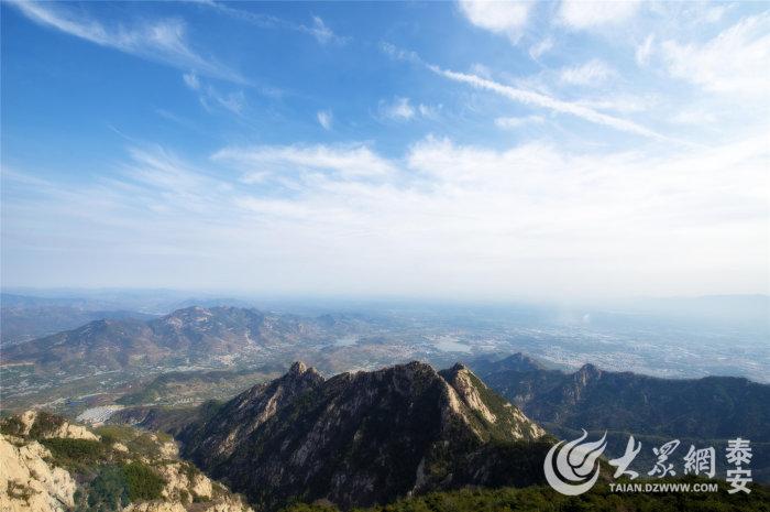 中国绝美山间公路竟然在泰安!十七公里八十八道弯
